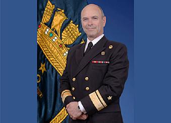 Contraalmirante de la Armada destaca su experiencia como alumno en Magíster en Ingeniería Industrial