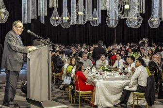Más de 400 egresados se reencontraron en la Cena Centenario del DIQ