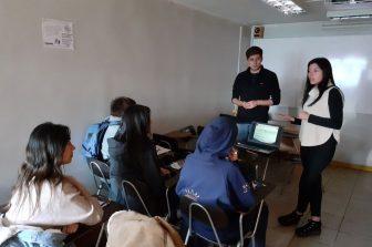 Telecomunicaciones UdeC realiza charla en Preuniversitario Pedro de Valdivia