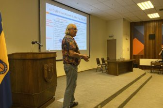 IEEE Fellow realizó charla sobre Inteligencia Artificial en la FI UdeC
